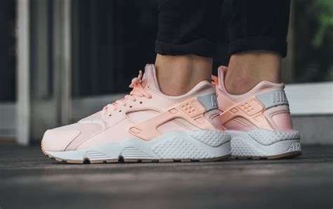 Nike Huarache catch a glimpse of the nike air huarache sunset tint kicksonfire