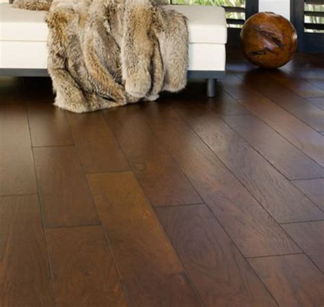 Bella Cera Amalfi Coast Hardwood Walnut Highclere Medium