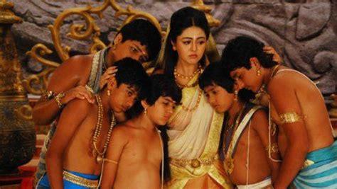 hindi film mahabarata kunti n pandawa mahabharata pinterest krishna asia