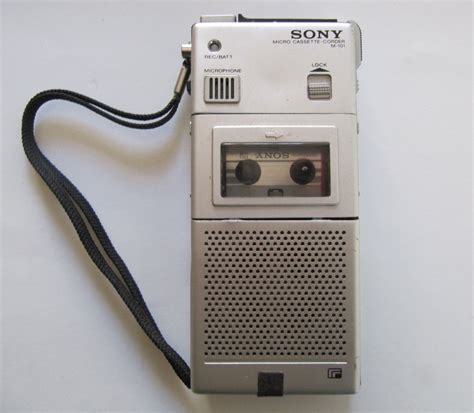 micro cassette player for parts or repair vintage sony micro cassette recorder m
