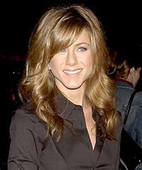 jennifer aniston side bangs jennifer aniston hair styles hairstylescut com
