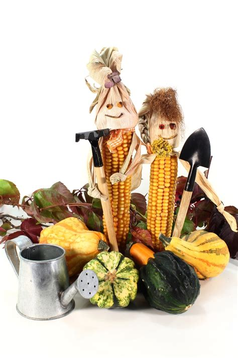 how to make a corn husk doll easy fall craft how to make corn husk dolls