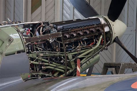 rolls royce merlin engine supermarine spitfire rolls royce merlin engine pinteres