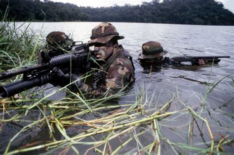 Kaos Distro Navy Seal Team lost soldiers