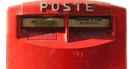 spedire lettere francobolli da oggi spedire lettere e raccomandate costa