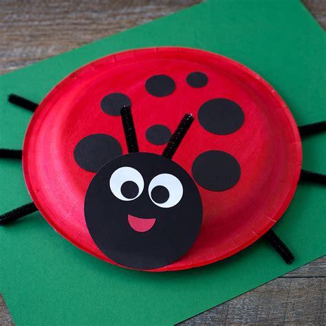 Paper Plate Ladybug Craft - paper plate ladybug