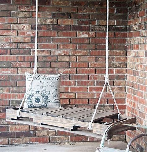 Come Utilizzare I Pallet Per Arredare Casa by Altalena Di Legno Fai Da Te Come Utilizzare I Pallet Per