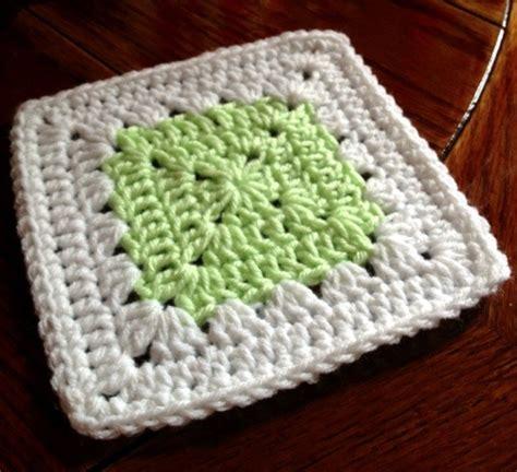 pattern for simple granny square simple delicacy granny square pattern
