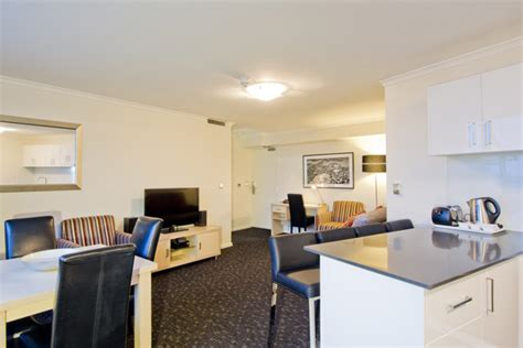 sydney 3 bedroom apartments 3 bedroom apartment accommodation sydney cbd