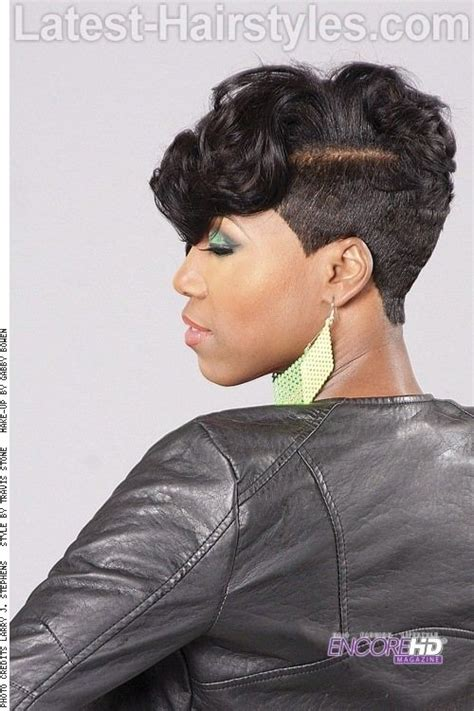 low cut more hairstyles 25 best ideas about short weave styles on pinterest