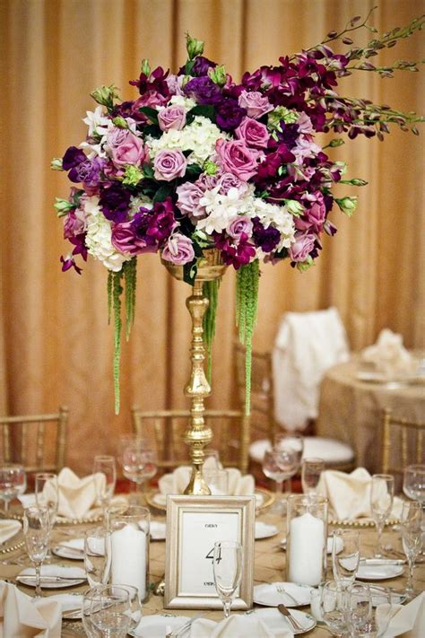 purple and white centerpieces for weddings purple centerpiece matrimonio