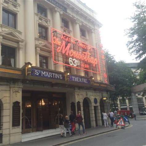 london s theatre district is located in which section of london photo0 jpg picture of west end theatre district london