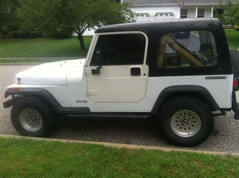 Jeep Tj Soft Doors Buy Used 1990 Jeep Wrangler Yj White With Top