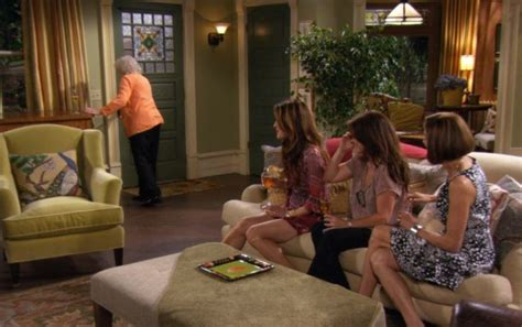 The Victorian Farmhouse In The Sitcom Quot Hot In Cleveland Living Room Furniture Cleveland