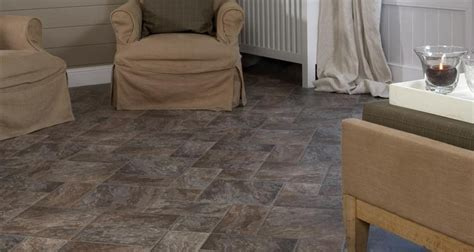 Flooring For Mobile Homes by Budget Friendly And Beautiful Learn About Laminate Flooring