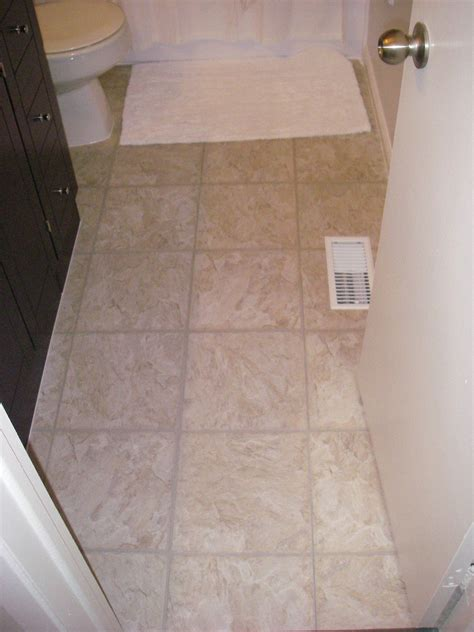 stunning pictures  ideas  vinyl flooring bathroom