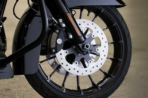 Lu Daymaker turbine vs talon wheels road glide forums