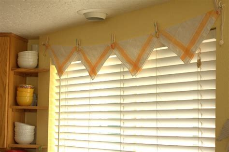 triangle valance pattern 25 easy no sew valance tutorials guide patterns