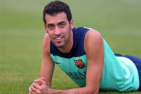 sergio busquets height weight body statistics healthy celeb