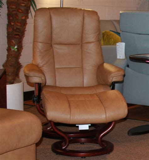 matteo taupe chair ottoman stressless paloma taupe 09484 leather by ekornes