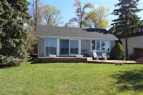 Lake Charlevoix Cottage Rentals by Lake Charlevoix Waterfront Cottage Great Vrbo