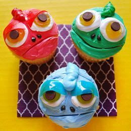 Image Result For Http Cupcakesfrenzy 1000 Ideas About Cupcakes On Pinterest Space Cupcakes Cake And Swimming Pool Cakes