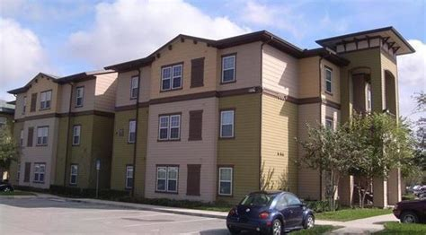 appartments near ucf new york group buys student housing near ucf chicago tribune