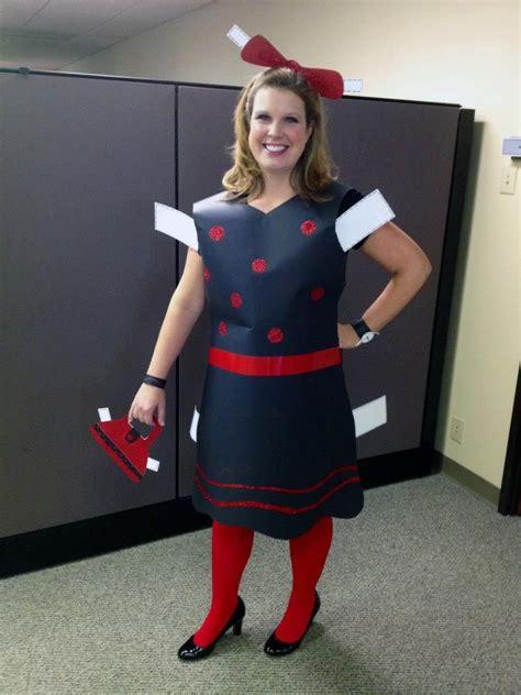 creative halloween costume   office paper doll
