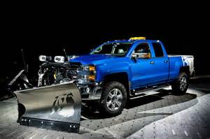 grizzly trucks chevy unveils silverado 2500hd alaskan edition a grizzly