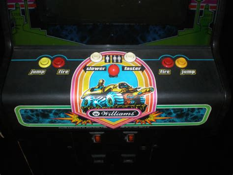 Moon Patrol Cabinet by Arcade Cabinets Moon Patrol 1982 2 Warps To Neptune