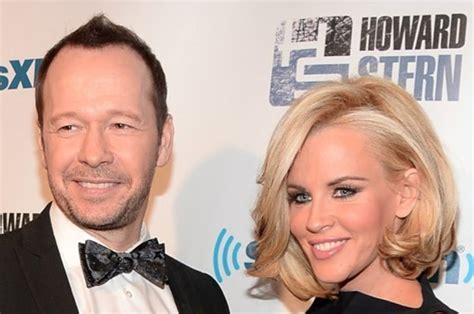 what extensions does jenni from donnie wahlberg jenny mccarthy is engaged to donnie wahlberg