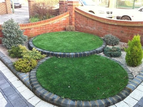 what is important in landscape gardening front yard