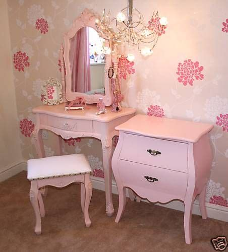 mia bedroom set vintage girls bedroom furniture omg mia would love this