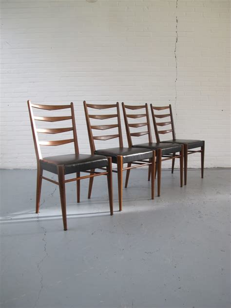 tweedehands pastoe stoel stoel vier vintage pastoe stijl teakhouten stoelen uit de