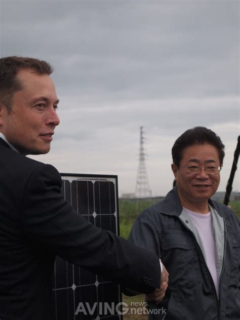 elon musk donations solarcity will manage project at no cost to provide clean