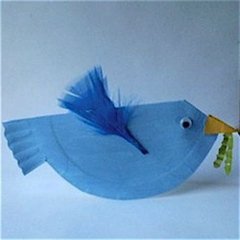 Bird Paper Plate Craft - paper plate bluebird family crafts