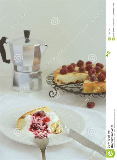 toppings for cottage cheese cottage cheese baked pudding with raspberry topping royalty free stock photos image 33109538
