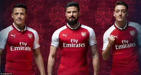 arsenal players 2017 18 arsenal launch new 2017 18 home kit with sanchez and ozil