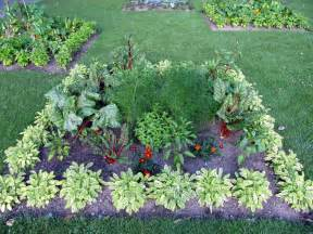 eat your yard grow edible landscapes