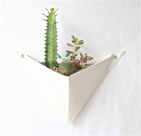 Origami Herb - 15 planters for vertical gardens style galleries