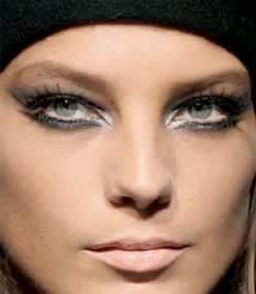 imagenes ojos grandes maquillaje para hacer ojos grandes