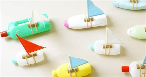 bootje in een fles flessenbootjes maken van lege plastic flessen hobby blogo nl