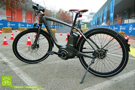 piaggio wi bike una bici elettrica smart e 100 made in italy