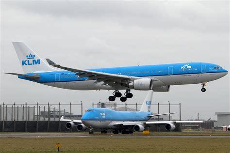 file airbus a330 203 klm royal airlines an1868990