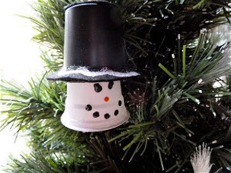 how to mske christmas ornaments with plastic cups upcycled plastic cup snowman ornament allfreechristmascrafts