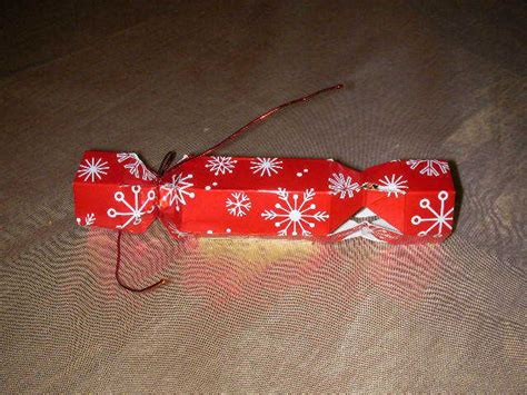 history of the christmas cracker everywhere