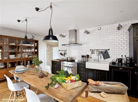 table pour cuisine ikea cuisine avec grande table de ferme pour accueillir les amis ikea decora
