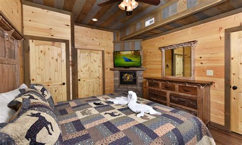 11 Bedroom Cabins In Gatlinburg by Large Gatlinburg Cabins Big Views Lodge
