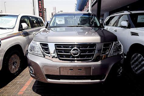 nissan patrol platinum for sale nissan patrol platinum vvel gray colour kargal