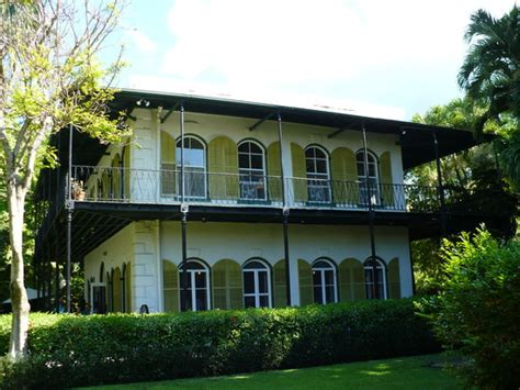 ernest hemingway home hemingway house picture of the ernest hemingway home and